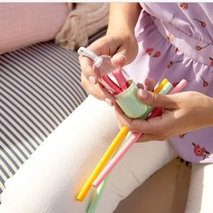 NEW CHIC & TONIC Silicone Straws